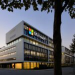 Microsoft Plans Re-opening Its Headquarters, To Let Some Employees Back